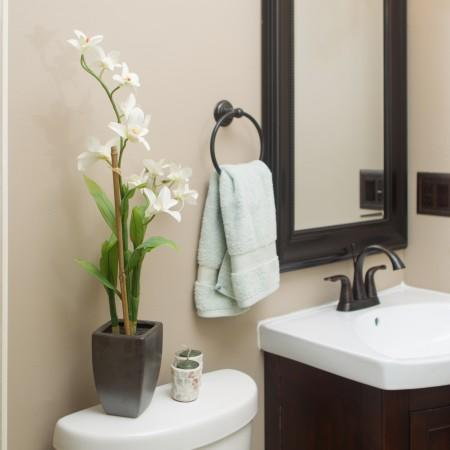 4 Easy (And Affordable) Bathroom Upgrades for New Home Owners