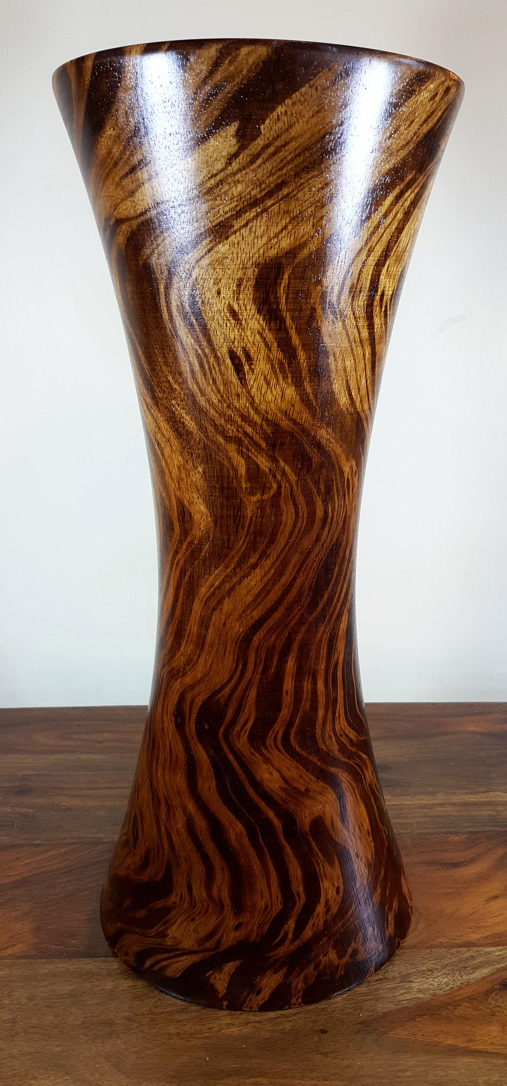 Mango wood hour glass vase large home decor decorative vases for Home decor vases