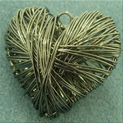 Wire Pendant - Heart 40mm - Black