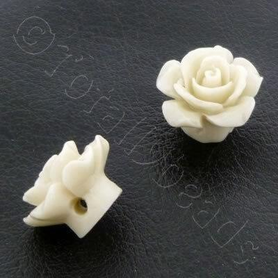 Acrylic Rose 15mm 1 Row - Vanilla 4pcs
