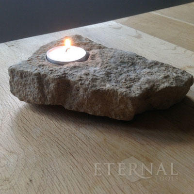 Make a stone tealight candle holder in 4 easy steps.